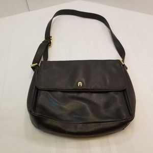 EUC. Etienne Aigner Leather XBody Messenger Bag